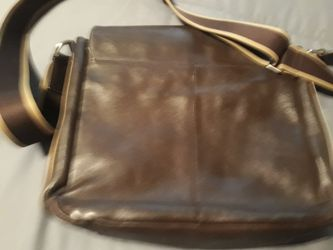 Coach leather messenger bag for Sale in Orlando,  FL