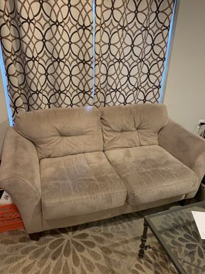 Free Couches for Sale in Philadelphia, PA