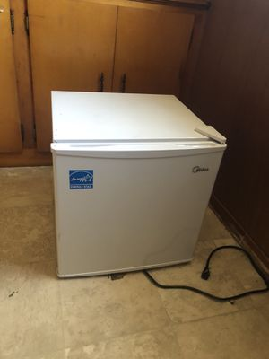 Mini freezer for Sale in Prospect, VA