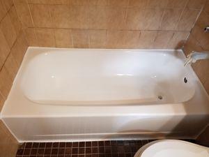 Bathroom Refinishing for Sale in Hialeah, FL