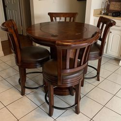 Howard Miller Pub Table for Sale in Long Beach,  CA