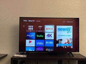"""TCL 43"""" 4K Ultra HD Roku Smart LED TV for Sale in San Diego, CA"""