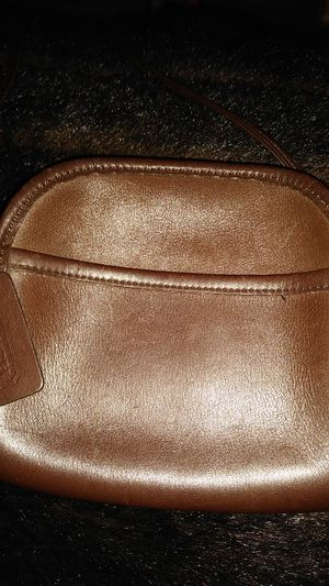 VINTAGE COACH BROWN LEATHER CROSSBODY HANDBAG 9017 SMALL SIZE for Sale in Detroit, MI