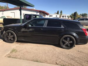 Dodge Magnum for Sale in Tucson, AZ