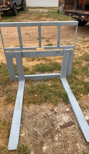 Custom made skid steer carriage for Sale in Escondido, CA