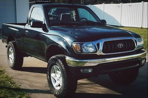 No check engine or ANY OTHER WARNINGS TOYOTA TACOMA 2001 for Sale in Sacramento, CA