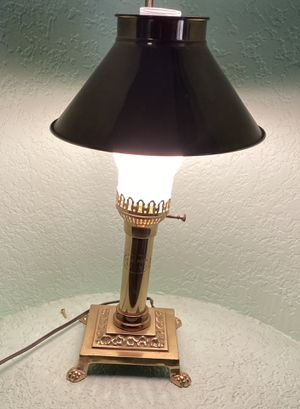Vintage Brass Claw Foot Railroad Lamp for Sale in City of Industry, CA