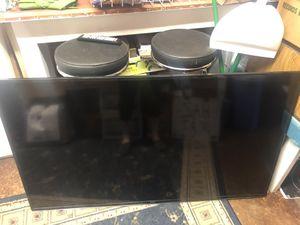 60 inch Samsung SMART TV w/Roku streaming stick for Sale in North Bonneville, WA