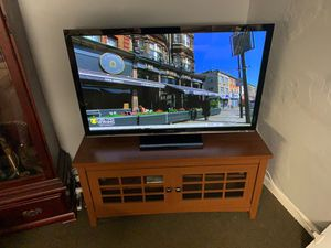 """50"""" plasma Panasonic hd tv with stand. for Sale in North Versailles, PA"""