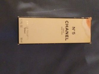 Number 5 Chanel Paris New York Eau De Toilette Spray. for Sale in Pittsburgh,  PA