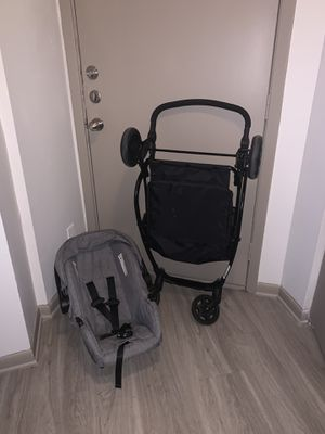 Car seat for Sale in Duncanville, TX