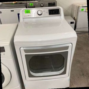LG DRYER DLE7300WE G9 for Sale in Moreno Valley, CA