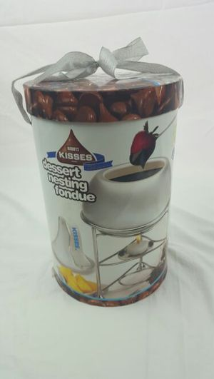Hershey Kiss Dessert Nesting Fondue Pot for Sale in North Ridgeville, OH