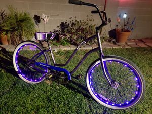 Fabulous N Ready For Christmas 🎄3G purple Beach Cruiser Vibrant Wheel Lights for Sale in HUNTINGTN BCH, CA