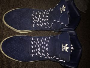 ADIDAS SIZE 7 for Sale in Riverview, FL