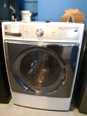 5.2cu.ft. Kenmore front load washer working perfectly for Sale in Baltimore, MD