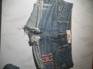 FREE Hollister Abercrombie Zara Shorts and more for Sale in Los Angeles, CA