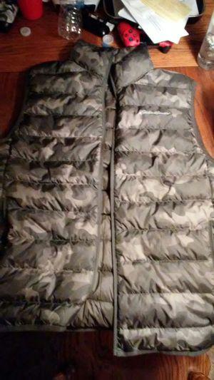Eddie Bauer Camo Vest size. medium for Sale in Sacramento, CA