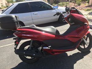 Honda PCX 150 - Scooter for Sale in Phoenix, AZ