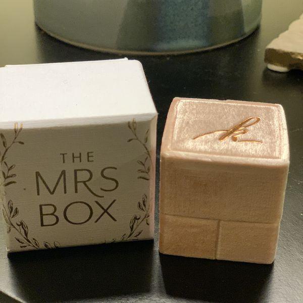 $50 BRAND NEW Mrs. Box