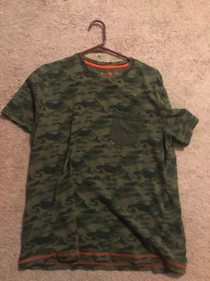 Camo shirt. for Sale in Vancouver, WA