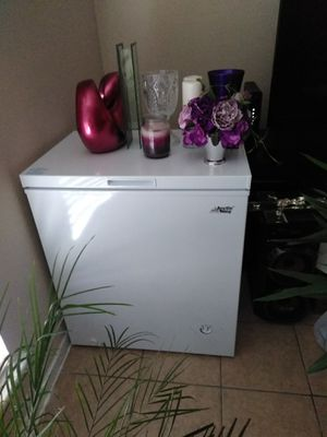 Barely used Freezer for Sale in Houston, TX