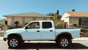 TOYOTA TACOMA 2003 AUTOMATIC TRANSMISSION for Sale in Cincinnati, OH