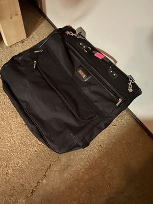 Travel bag for dresses and suits for Sale in Schaumburg, IL