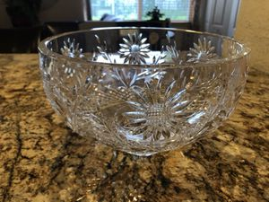 """Waterford 10"""" sunflower bowl for Sale in Hialeah, FL"""