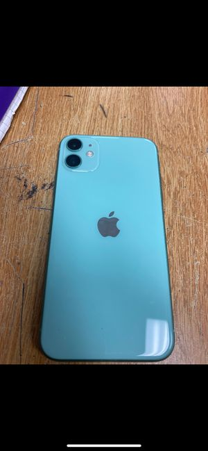 unlocked iPhone 11 no crakets or scatches for Sale in Stonecrest, GA