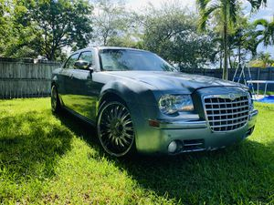Chrysler 300C for Sale in Miami, FL