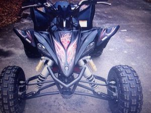 2012 YAMAHA YFZ 450R Special Edition aluminum frame and fuel injection for Sale in Atlanta, GA
