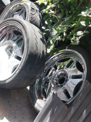 Chrome rims 5 lug universal for TRADE for Sale in El Cajon, CA