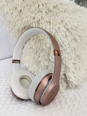 Beats Solo 3 Wireless Rose Gold Headphones for Sale in Covina, CA