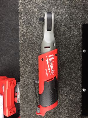 Milwaukee fule 1/2 inc ratchet and battery for Sale in Kent, WA