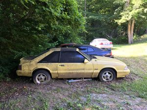 1988 Ford Mustang 4 cylinder t-top needs TLC for Sale in Pathfork, KY
