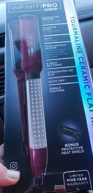 Infiniti pro hair straightener for Sale in Everett, WA