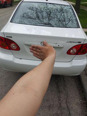 2004 Toyota Corolla LE for Sale in Chicago, IL