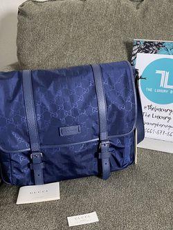 GUCCI Nylon Guccissima Messenger Bag Tide for Sale in Castaic,  CA