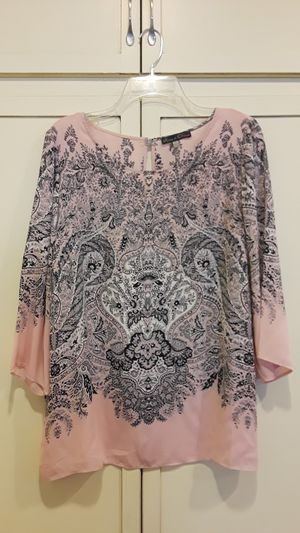 Women's Shirt plus size for Sale in Pico Rivera, CA