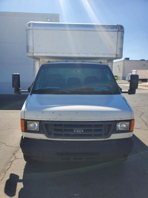 06 Ford Box Truck for Sale in Las Vegas, NV