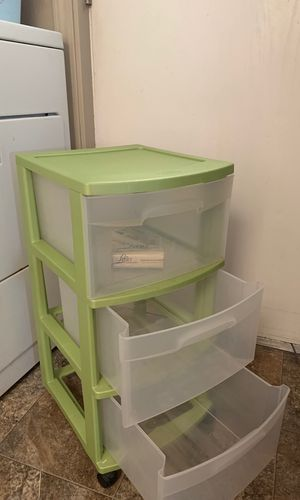 3 plastic drawer for Sale in Lathrop, CA