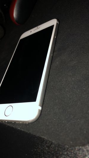iPhone 8 64GB Silver Grey for Sale in Los Angeles, CA
