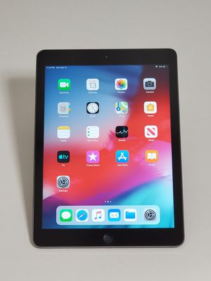 """IPAD AIR 1 GENERATION 32GB SLATE GREY 9.7"""" WI-FI ONLY for Sale in Takoma Park, MD"""