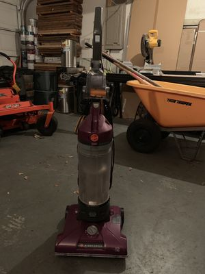 Hoover 12amps Windtunnel Pet Vacuum for Sale in Tampa, FL