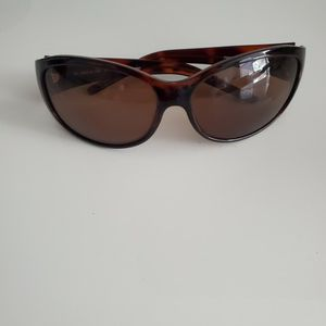 Womans Sunglasses With Case for Sale in Fort Lauderdale, FL