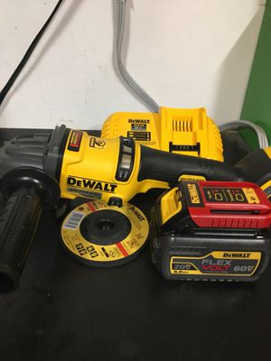 "New!! New!! DeWalt 20V MAX 4 1/2""/ 6"" grinder for Sale in Bakersfield, CA"