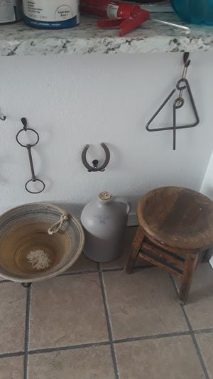 Collection of home decor for Sale in Glendale, AZ