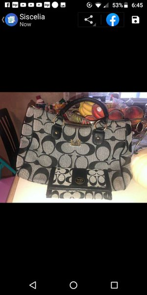 Coach purse and wallet in great shape for Sale in Magna, UT