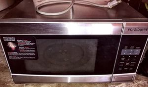 Frigidaire microwave for Sale in San Diego, CA